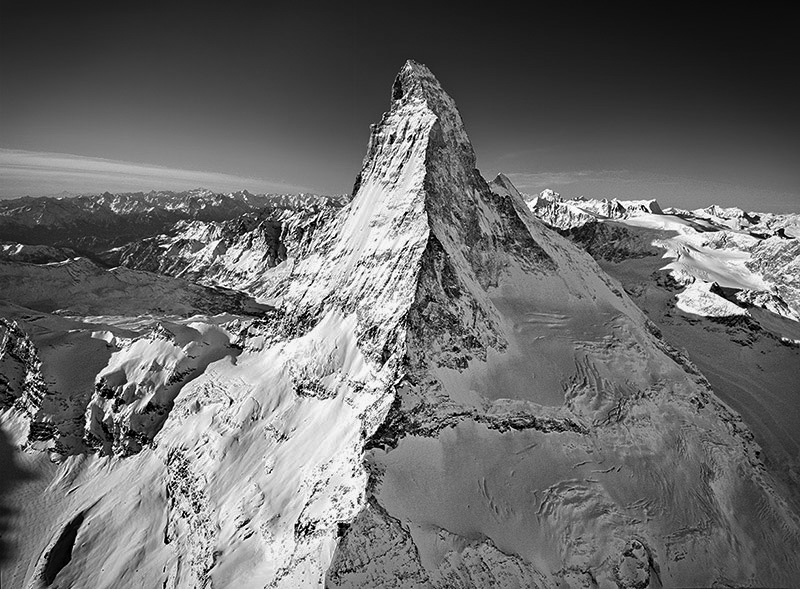 The ascent of the Matterhorn follows the Hörnli arete. Julius Silver - www.foto-julius.at